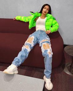 Jenny Lin on Got a colorful aura Jeans Fashion Nova Tomboy Outfits, Cute Swag Outfits, Teenager Outfits, Teen Fashion Outfits, Retro Outfits, Trendy Outfits, Jeans Fashion, Neon Outfits, Dope Fashion