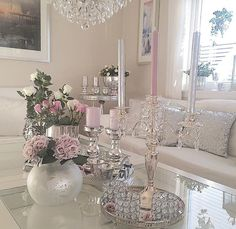 Glam coffee table decor