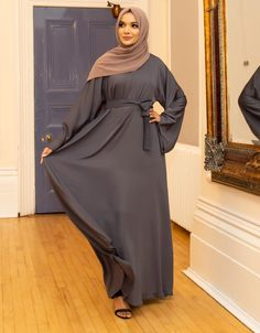 Renew your wardrobe with these, new abaya style which will enhance your personality. We have come with 50 different abaya style 2020 that will make you Islamic Fashion, Muslim Fashion, Modest Fashion, Fashion Dresses, New Abaya Style, Latest Bridal Dresses, Wedding Dresses, Mode Abaya, Hijab Dress
