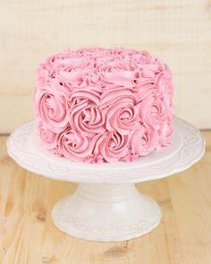 Objetivo: Cupcake Perfecto.: Tarta de rosas (y un súper concurso de San Valentín) Cupcakes, Happy Moments, Let Them Eat Cake, Food Inspiration, Tartan, Fondant, Valentines, Baking, Desserts