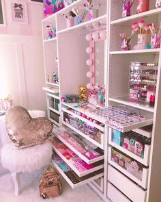 The My Dream Beauty Room Planner Interactive E-Book, Girl Bedroom Designs, Room Ideas Bedroom, Bedroom Decor, Makeup Room Decor, Makeup Rooms, Pink Vanity, Make Up Storage, Glam Room, Cute Room Decor