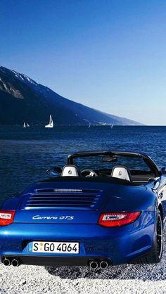 #Porsche 911 Carrera GTS.