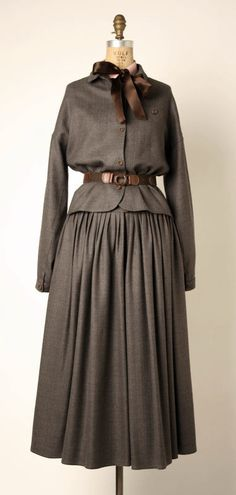 Ensemble Geoffrey Beene (American) ca. 1978 wool, silk, leather