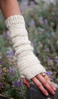 Femme Fingerless Mitts FREE!