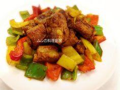 糖醋排骨好吃好看又下飯。做法簡單,排骨軟嫩多汁,多了蔬菜,少了油炸更健康。