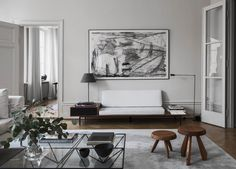 After exploring the work of Swedish interior designer Louise Liljencrantz, we were excited to get a peek at Louise's own home, a stylish modern apartment.