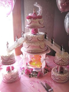 #nanisetc hot pink and silver quince cake