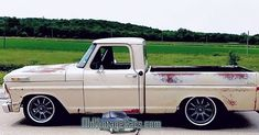 51 Awesome Ford F-Series Old Medium Classic Trucks Series, Pickup & SUV - Classic Cars Custom Ford Trucks, Vintage Pickup Trucks, Classic Ford Trucks, Ford Pickup Trucks, Chevrolet Trucks, New Trucks, Cool Trucks, F100 Truck, Ford Lightning