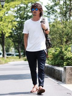 MUJI LaboのTシャツ・カットソーを使ったkazuのコーディネートです。WEARはモデル・俳優・ショップスタッフなどの着こなしをチェックできるファッションコーディネートサイトです。