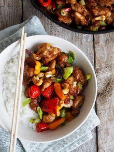 Spicy kylling med papirka og chili er et godt alternativ til en annen spicy rett her på bloggen. Få se om den blir like populær!