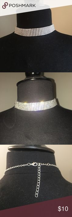 Crystal choker (silver) Crystal choker, pair with your favorite sexy going out dress and heels! Jewelry Necklaces