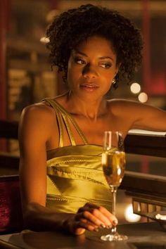 Eve Moneypenny - Naomie Harris - James Bond 007 - Skyfall 2012