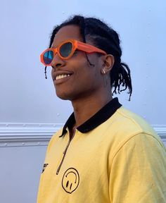 💙🧡💛 asap rocky 💛🧡💙 uploaded by on We Heart It Lord Pretty Flacko, Beautiful Boys, Pretty Boys, Beautiful People, Beautiful Celebrities, Asap Rocky Wallpaper, Mundo Hippie, Over The Knee, Rap Wallpaper