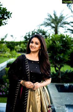 40 High Quality Images of South Indian Actress Keerthy Suresh Elegant Girl, Tamil Actress Photos, Most Beautiful Indian Actress, South Indian Actress, South Actress, Indian Girls, Hd 1080p, The Dress, Frock Dress