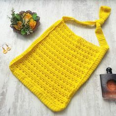 Bananas and pineapples crochet handbag - free pattern and chart at My Accessory Box Quick Crochet, Crochet For Boys, Learn To Crochet, Free Crochet, Crochet Girls, Crochet Summer Dresses, How To Make Tassels, Crochet Baby Beanie, Crochet Handbags