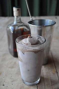 A delectable Bourbon Chocolate Milkshake made with bourbon and vanilla ice cream #cocktailrecipe