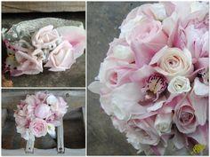 ramo de novia con peonias, rosas y orquídeas romántico. Corsages y pulseras florales a juego. Mayula Flores