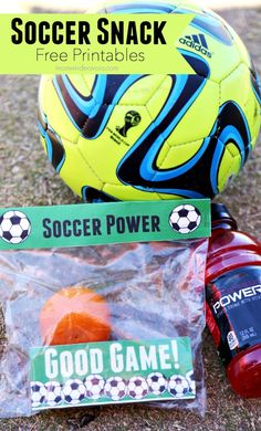 Soccer Snack Kit - FREE Printables & snack ideas!!