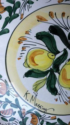 Le ceramiche di Ketty Messina Ceramica artistica siciliana realizzata e decorata a mano, con materiali e colori atossici ; idee regalo, bomboniere, oggettistica,servizi da tavola e tante altre cose per ogni ambiente della casa . https://www.facebook.com/ceramiche-183825011720/
