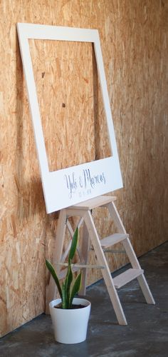 Diseño invitaciones de boda personalizadas Yolanda & Marcos | María Vilarino Place Cards, Place Card Holders, Personalized Wedding, Frames, Day Planners, Studio, Presents, Weddings