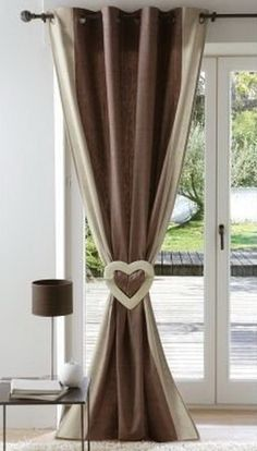 adorable Heart tie back & love the color blocking ♥ Tulle Curtains, Hanging Curtains, Curtain Fabric, Window Curtains, Window Coverings, Window Treatments, Curtain Accessories, Wooden Dining Tables, Modern Curtains