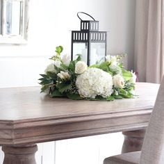 Floral Wreath Instagram Feed, Instagram Posts, Floral Centerpieces, Entryway Tables, Floral Wreath, House Design, Wreaths, Furniture, Home Decor