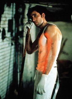 Ronny Cammareri (Nicolas Cage) ~ Moonstruck ~ Movie Stills Tom Selleck, Nicolas Cage, Chick Flicks, Classic Movies, Real Women, Cute Guys, Photo Galleries, Celebs, Bedroom Wallpaper