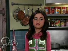 "Wizards of Waverly Place 1x11 ""Potion Commotion"""