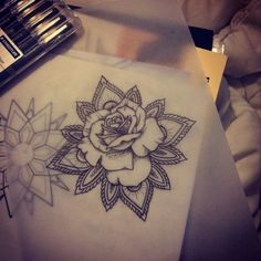 mandala rose tattoo for shoulder Girly Tattoos, Flower Tattoos, New Tattoos, Tribal Tattoos, Tatoos, Mandala Rose Tattoo, Henna Mandala, Tattoo Bein, Lion Tattoo