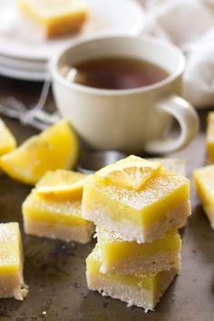 Vegan Lemon Bars - what vegans eat - Lemon Recipes, Sweet Recipes, Yummy Recipes, Vegan Lemon Bars, Dairy Free Lemon Bars, 16 Bars, Vegan Protein Bars, Vegan Treats, Vegan Food