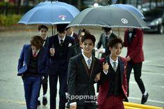 -161028- [PRESS] PTG arriving at Mubank  Such beauties~~~ . © Kpopmap . #pentagon #cube #kpop #Jinho #Hui #Hongseok #Edawn #Yanan #Shinwon #Yeoone #Yuto #Kino #Wooseok #Gorilla #pentagonmeme