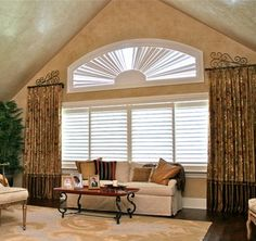 Eyebrow Arch Shutters By Sheilas Window Toppers Crowfoot