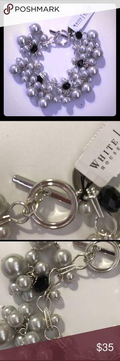 ☀️☀️NWT White House Black Market Bracelet ☀️☀️ Chunky bracelet in silver and black. Length approximately 7.5 inches. White House Black Market Jewelry Bracelets