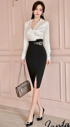 Elegant Outfit, Classy Dress, Classy Outfits, Pretty Outfits, Beautiful Outfits, Office Dresses For Women, Office Outfits Women, Clothes For Women, Formal Tops For Women