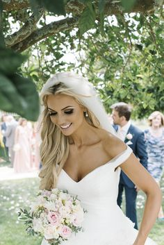 bridal makeup wedding brides of adelaide magazine Loading. bridal makeup wedding brides of adelaide magazine Bridal Beauty, Wedding Beauty, Dream Wedding, Wedding Day, Ibiza Wedding, Formal Wedding, Bridal Tips, Wedding Album, Wedding Dreams