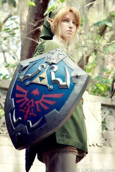 Character: Link / From: Nintendo's 'Legend of Zelda' Video Game Series/ Cosplayer: Li Kovacs