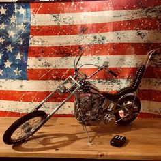 MAQUETTE - EASY RIDER CHOPPER CAPTAIN AMERICA - HARLEY DAVIDSON Easy Rider, Chopper, Captain America, Route 66, Harley Davidson, Boutique, Cult Movies, Choppers, Boutiques
