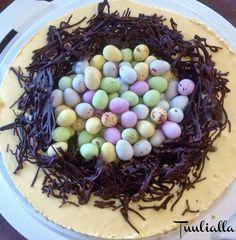 Keväisiä kakkuja