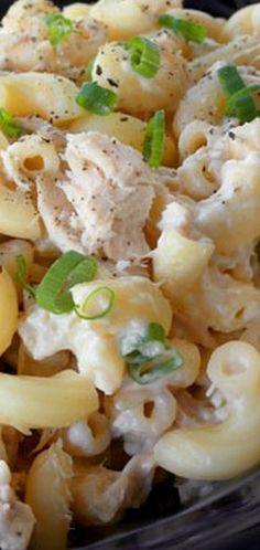 Tuna macaroni salad recipe in 4 simple steps - Everyday Dishes - HOPE Healthy Foods To Make, Healthy Food Habits, Healthy Diet Recipes, Healthy Eating, Macaroni Recipes, Tuna Recipes, Salad Recipes, Cooking Recipes, Pasta Recipes