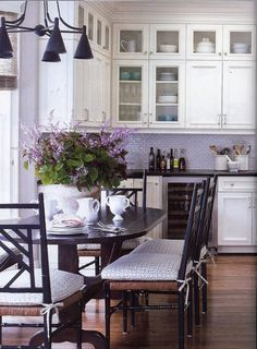 this is almost exactly what i've been planning for my future kitchen— cream cabinets with lavender walls and ruffled cream and light blue dishes love the added top cabinets Country Kitchen, New Kitchen, Kitchen Decor, Kitchen Ideas, Kitchen Pics, Purple Kitchen Walls, Purple Kitchen Cabinets, Purple Walls, Kitchen Cupboards