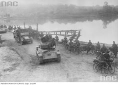 38M Toldi , Krupp Kfz 69 at the eastfront 1941