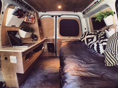Quick clean. Thinking the same kind of layout for my new van. But having a TV above desk and some other added bits. Looking forward to it #interiordesign #minimalism #vanlifediaries #vanlifeexplorers #vanlife #vanlifers #homeiswhereyouparkit #adventure #adventuremobile #wanderlust #campervan #exploretocreate #lifeofadventure #vanagon #travelgram #vw #getoutdoors #surfboard #vw #caddymaxi #neverstopexploring #lifeontheroad #outofoffice #offthegrid #vanlifeeurope #vancrush @vanlifeideas…