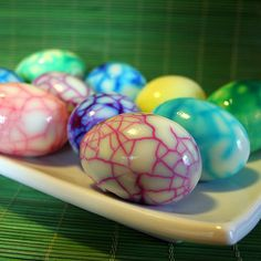 Easter eggs:  1. Boil eggs.  2. Crack shell.  3. Dip in colored water (food color)  4. Peel shell off. Holiday Fun, Holiday Crafts, Easter Crafts, Egg Crafts, Kids Crafts, Thanksgiving Holiday, Easter Dyi, Easter 2015, Holiday Ideas