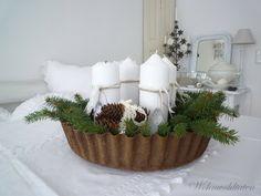 advent wreath in baking tin.