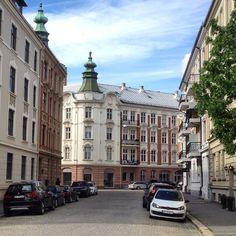 Pene Frogner! Gimleveien/Solheimgata, Oslo #frogner #gimleveien #solheimgata #tårnhjelm #arkitektur #architecture #jugend #realestate #eiendom #bolig #oslo #norway
