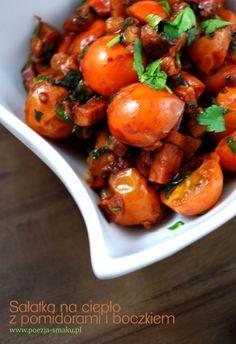 Sałatka na ciepło z pomidorami i boczkiem (Hot salad with Tomatoes and Bacon - recipe in Polish)