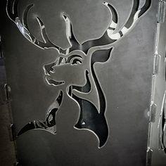 Feuerkorb Hirsch individueller Feuerkorb mit Wunschmotiv Wir fertigen - nur für Sie - nach Ihrer Vorlage oder eines von uns für Sie erstellten Motivs Ihre robuste Feuerschale, einen eleganten Feuerkorb oder eine rustikale Feuertonne - ganz nach Ihren Vorstellungen aus hochwertigem 4 mm Stahl.