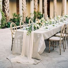 """""""We love al fresco entertaining within our @cannongreenchs courtyard in #charleston featured on @oncewed with photos by @erickelley beautiful florals by @charlestonstems with @saksjandelbride @lora_kelley @croghans @kaelalawson @asignaturewelcome @signoramare #wedding #inspiration"""" Photo taken by @eastonevents on Instagram, pinned via the InstaPin iOS App! http://www.instapinapp.com (07/28/2015)"""