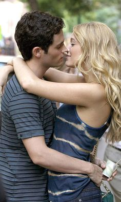 Blake Lively As Serena And Dan (Penn Badgely) Kissing, 2008