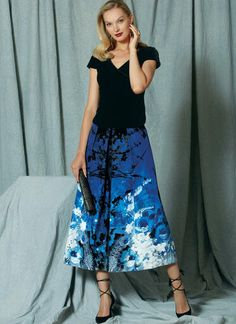 V1519 | Misses' Surplice Top and Full, Pleated Skirt | Vogue Patterns Pleated Skirt Pattern, Skirt Patterns Sewing, Vogue Sewing Patterns, Skirt Sewing, Surplice Top, Couture, High Waisted Skirt, Vintage Fashion, Skirts